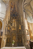 Košice - neo altare gotico laterale. dal centesimo 19. nella cattedrale di Elizabeth del san Fotografia Stock