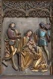 Košice - un sollievo della scena di tre Re Magi nella cattedrale gotica di Elizabeth del san Fotografie Stock Libere da Diritti