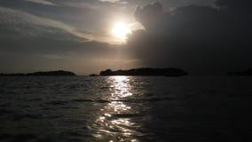 Ko Na Thian i Ko maty Lang wyspy Widzieć od Koh Samui wyspy podczas wschodu słońca na Chmurnym ranku w Tajlandia Zdjęcia Stock