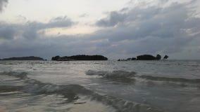 Ko Na Thian i Ko maty Lang wyspy Widzieć od Koh Samui wyspy podczas wschodu słońca na Chmurnym ranku w Tajlandia Obraz Stock