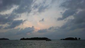 Ko Na Thian i Ko maty Lang wyspy Widzieć podczas wschodu słońca od Koh Samui wyspy, Tajlandia Zdjęcia Stock