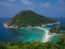 Ko Nang Yuan Island nära Samui, Thailand Arkivbild