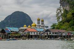 Ko Panyi è un villaggio musulmano di galleggiamento, nord-est a Phuket, Tailandia fotografia stock libera da diritti