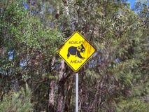 Koala som korsar tecknet Fotografering för Bildbyråer