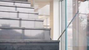 kobieciarz kawowa biznesowej megafonu zespołu zdjęcie wideo