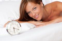 kobiet łóżkowi łgarscy potomstwa Zdjęcie Stock