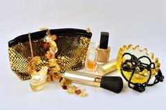 Kobiet biżuteria, pachnidła i kosmetyki, Zdjęcie Stock