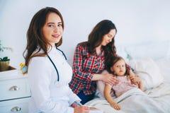 kobiet doktorscy medyczni potomstwa zdjęcia stock