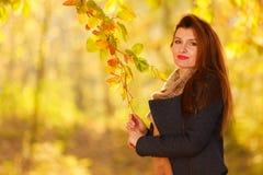 kobiet jesienni parkowi potomstwa Obraz Stock
