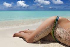 Kobiet nogi na wakacje Fotografia Royalty Free