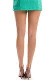 Kobiet nogi w glansowanych butach Zdjęcie Royalty Free