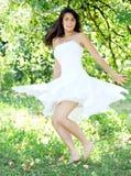 kobiet piękni dancingowi potomstwa Fotografia Royalty Free
