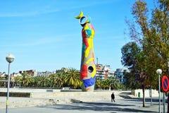 Kobieta Barcelona i Ptasia rzeźba Fotografia Stock