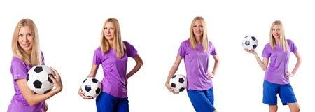 Kobieta bawić się futbol na bielu obrazy stock
