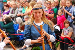 Kobieta bawić się muzykę podczas Landshut ślubu Zdjęcie Stock