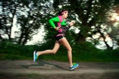 Kobieta bieg w wsi Zdjęcie Stock