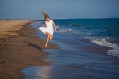 Kobieta biega na wodzie Obraz Royalty Free