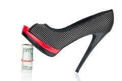 Kobieta butów stojak na pieniądze Zdjęcia Stock