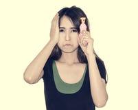 Kobieta chwyta pistolet Obraz Stock