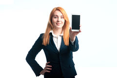 Kobieta demonstruje telefon Obrazy Stock