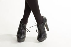 Kobieta drodzy rzemienni buty Zdjęcie Stock