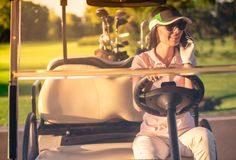 kobieta golfowa grać Zdjęcie Stock