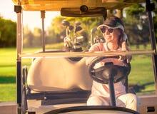 kobieta golfowa grać Obraz Royalty Free