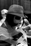 kobieta hat zdjęcie royalty free