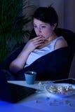 Kobieta i straszny film fotografia stock