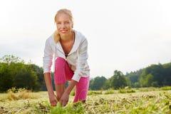 Kobieta jako jogger w lecie obraz royalty free