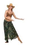 Kobieta jest ubranym kowbojskiego kapelusz odizolowywającego Zdjęcia Royalty Free