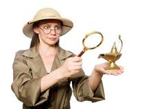 Kobieta jest ubranym safari kapelusz na bielu Obrazy Royalty Free