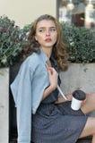 Kobieta już pił kawę zdjęcia stock