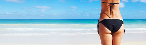 Kobieta krupon na plaży zdjęcie stock