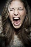 Kobieta krzyczy głośnego obrazy stock