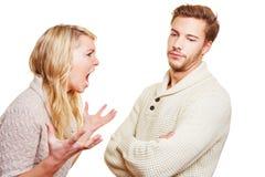 Kobieta krzyczy przy mężczyzna Fotografia Stock