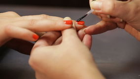 Kobieta manicure, gwoździa połysk zbiory wideo