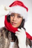 Kobieta mieszający biegowy Santa pomagiera kapeluszu portret Obrazy Stock