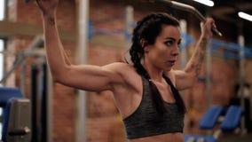Kobieta na gym zbiory wideo