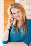 Kobieta na telefon komórkowy Zdjęcia Royalty Free