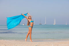 Kobieta na wakacje, wolności pojęcie Zdjęcia Royalty Free