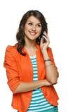 Kobieta opowiada na telefon komórkowy Obrazy Stock