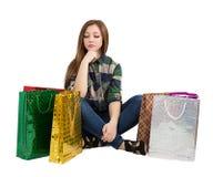 Kobieta Pakuje kupienie prezenty Obraz Stock