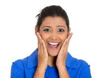 Kobieta patrzeje szokujący zdziwionego, ręki na policzkach fotografia royalty free