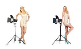 Kobieta podczas fotografii photosession na bielu Zdjęcie Royalty Free