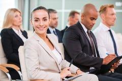 Kobieta przy konferencją Fotografia Stock
