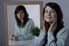 Kobieta przycisza jej uczucia zdjęcia stock