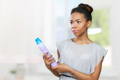 kobieta reklamuje opieka produkt fotografia stock