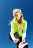 Kobieta robi sportom outdoors Fotografia Royalty Free