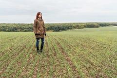Kobieta rolnik na polu Obraz Stock